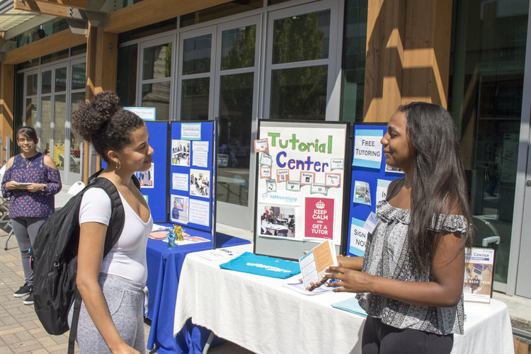 Students tabling